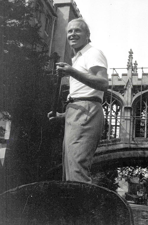 Dadie Rylands (1902-1999) punting on the Cam, mid-1930s